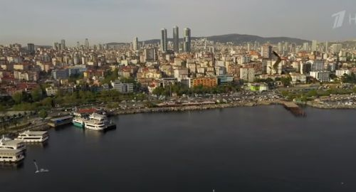 "Istanbul. Screenshot of the video ""Istanbul. Life of the Others"" shown on May 26, 2019, on the 1st channel Youtube https://www.youtube.com/watch?v=D6okFuR2P4s"