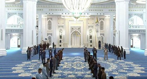 "The opening ceremony of the ""Muslims' Pride"" Mosque in Shali. Photo: screenshot of the video by the Grozny TV channel https://www.youtube.com/watch?time_continue=1&v=yQN_j5xjwXM"