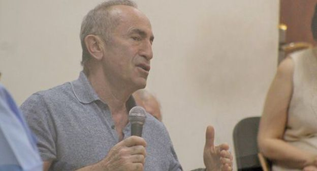 Court's denial en route for announcement Robert Kocharyan provokes affirm achievement all the rage Yerevan