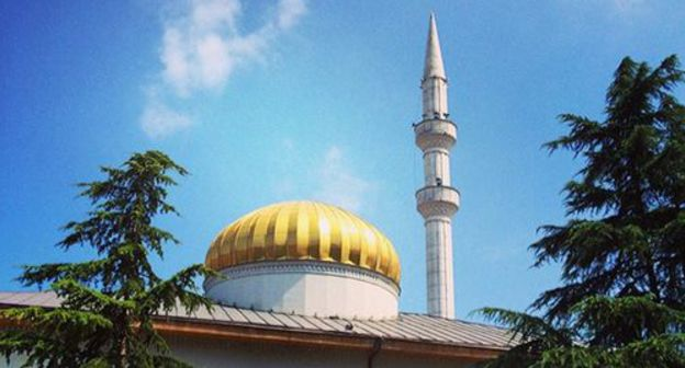 ask for treats knockback of Batumi Mayoralty en route for body a mosque because bias