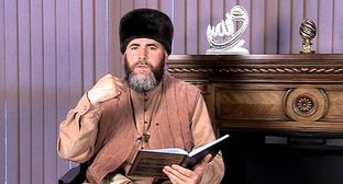 Salakh Mezhiev. Screenshot of the video by the Spiritual Administration of Muslims (SAM) of Chechnya https://www.youtube.com/watch?v=bigO5vZHXY8