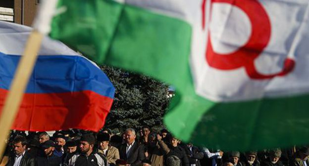 Flags of Ingushetia and Russia. Photo: REUTERS/Maxim Shemetov