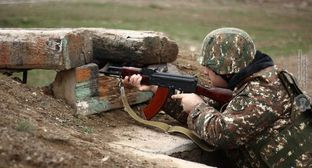 Ar Armenian soldier. Photo by the press service of the Ministry of Defence of Armenia http://www.mil.am/hy/news/6254