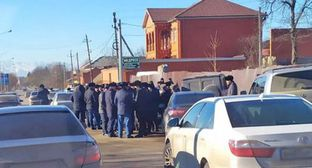 Searches are being conducted at the intersection of Kartoev and Esmurziev Streets in Nazran, December 6, 2019. Photo by Magomed Aliev for the Caucasian Knot