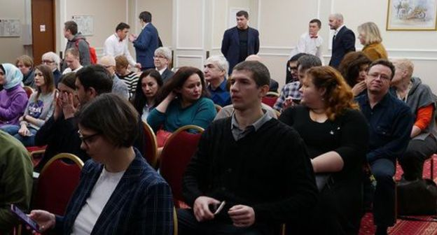 "Participants of the ceremony of granting the award named after Akhmednabiyev. Photo by the ""Caucasian Knot"""