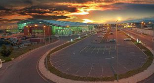Tbilisi airport. Photo: Gmaisuradze15 - https://ru.wikipedia.org/wiki/Тбилиси_(аэропорт)#/media/Файл:Tbilisi_airport_1.jpg