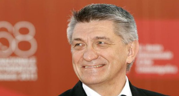 Alexander Sokurov's critics annotation Chechen authorities' bearing en route for autonomy of communication
