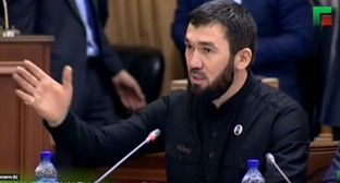 "Magomed Daudov, the speaker of the Chechen parliament. Screenshot of the video by the ""Grozny"" TV channel https://www.youtube.com/watch?time_continue=1020&v=9Vg-EwCfivI&feature=emb_title"