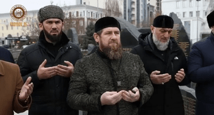 Ramzan Kadyrov and Magomed Daudov at the mourning rally on February 23, 2020. Screenshot of the video on Instagram https://www.instagram.com/p/B86iC4Do2CN/