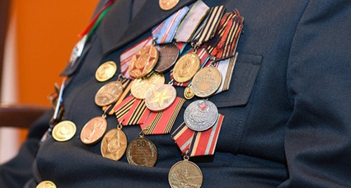 Veteran's medals. Photo: Murad Orujov, http://www.contact.az/indexc_ru.html