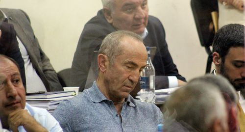 "Robert Kocharyan (in the center) in the courtroom. Photo by Tigran Petrosyan for the ""Caucasian Knot"""