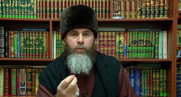 Salakh Mezhiev, head of the Spiritual Administration of Muslims of Chechnya. Screenshot: https://www.youtube.com/watch?v=rY06ZGIn7Uc&feature=emb_logo