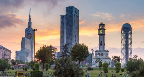 Batumi, the capital of Adjaria. Photo by Dmitry Anatolyevich Mottl https://commons.wikimedia.org/wiki/Category:Batumi#/media/File:Batumi_sunset_2.jpg
