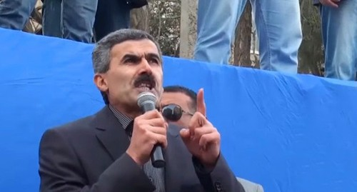 Azerbaijani human rights defender Ogtai Gyulyalyev. Screenshot of the video by the Elçi TV YouTube channel https://www.youtube.com/watch?v=ag5cMhW5rG4