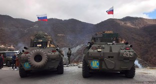 Armoured vehicles of the Russian peacekeepers, November 13, 2020. Photo by Alvard Grigoryan for the Caucasian Knot