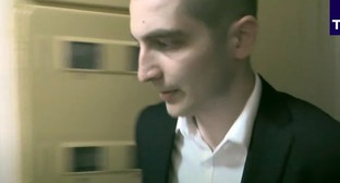 The detention of Giorgi Guev. Screenshot of the video by TASS https://www.youtube.com/watch?v=yYQEb5nf0Iw&feature=youtu.be