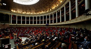 The French Parliament. Photo: REUTERS/Gonzalo Fuentes