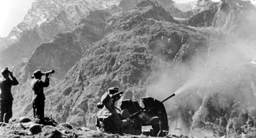 German anti-aircraft fire. September 1942, Northern Caucasus. Photo: Bundesarchiv, Bild 146-1970-033-04 / CC-BY-SA https://ru.wikipedia.org