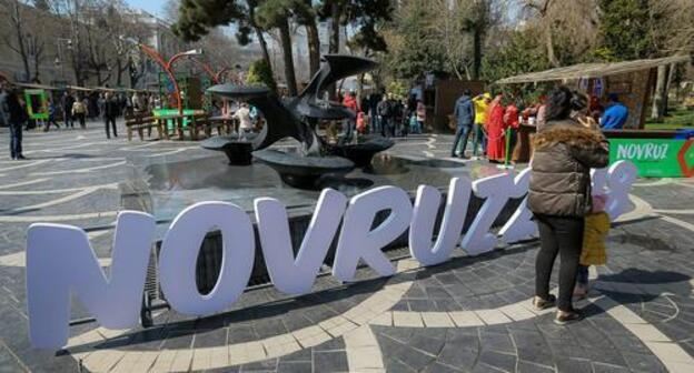 Novruz symbolic sign in Baku. Photo by Aziz Karimov for the Caucasian Knot